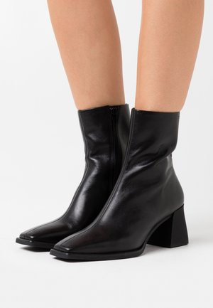 HEDDA - Classic ankle boots - black
