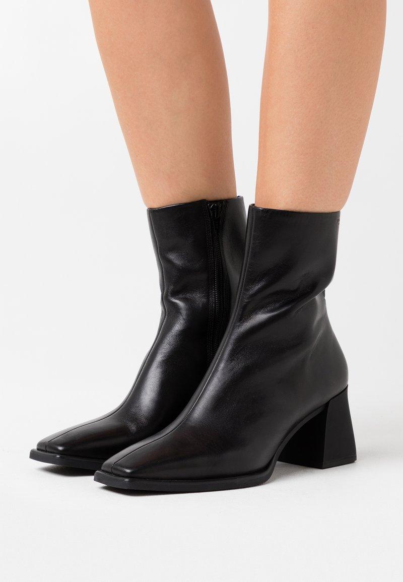 Vagabond - HEDDA - Classic ankle boots - black