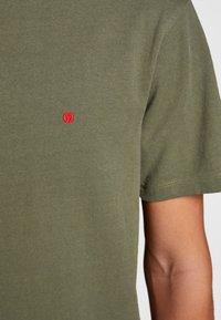 Jack & Jones - HOCHWERTIGES - Basic T-shirt - green - 3