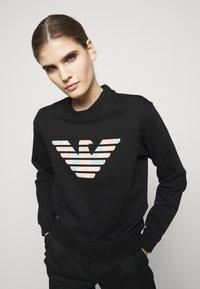 Emporio Armani - Sweatshirt - nero - 3