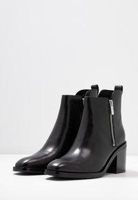 3.1 Phillip Lim - ALEXA BOOT - Kotníkové boty - black - 4