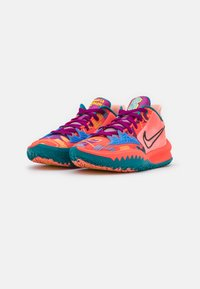 Nike Performance - KYRIE LOW 4 - Basketball shoes - bright crimson/black/red plum - 1