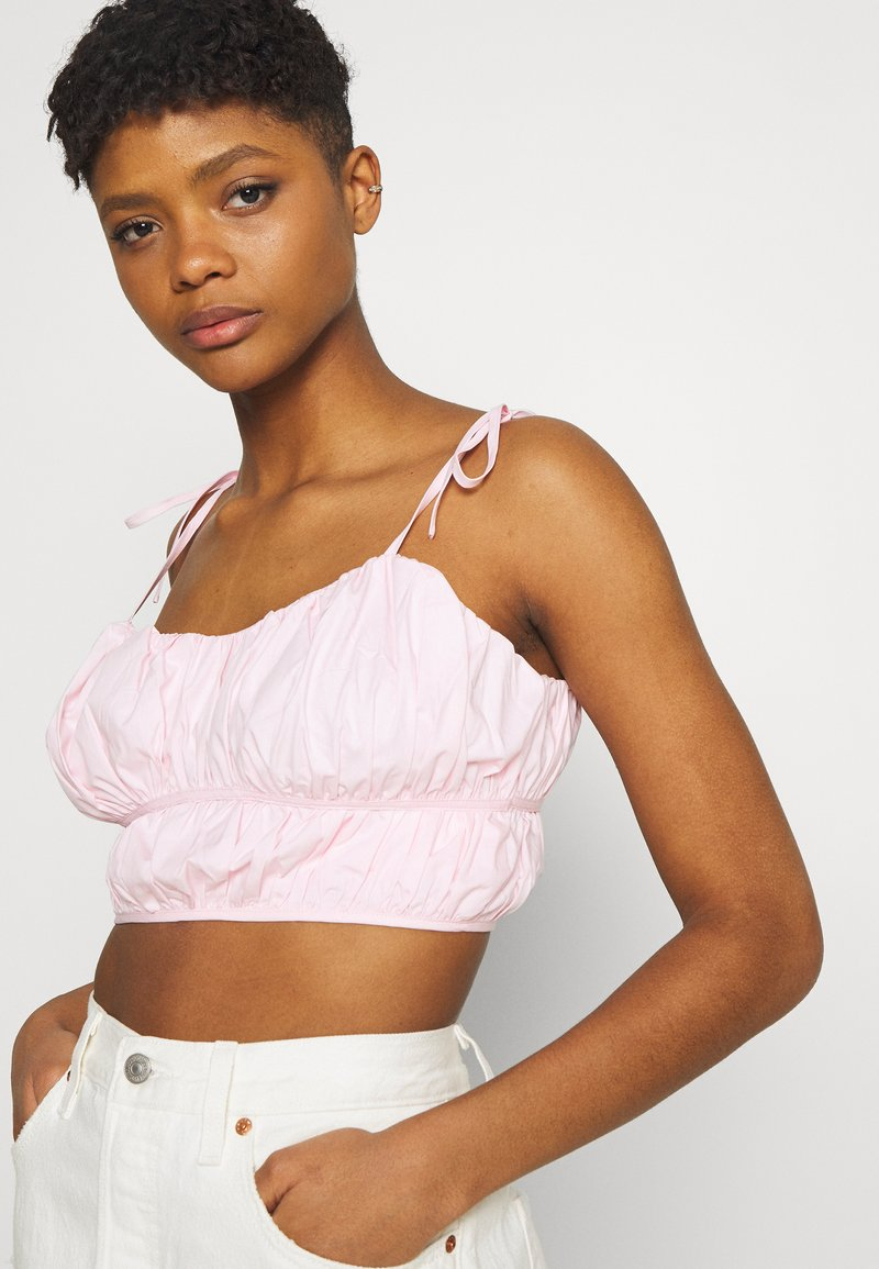 Missguided - TIE STRAP RUCHED CROP - Top - baby pink