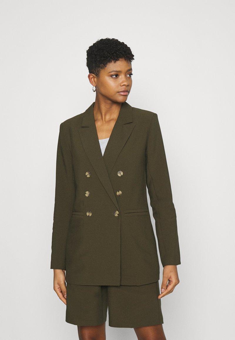 Fashion Union - TAI - Blazer - green