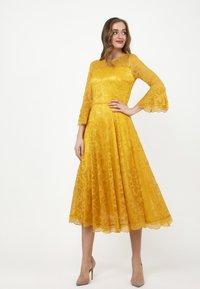 Madam-T - Cocktail dress / Party dress - gelb - 1