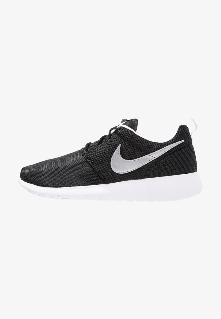 Nike Sportswear - ROSHE ONE  - Baskets basses - black/metallic silver/white