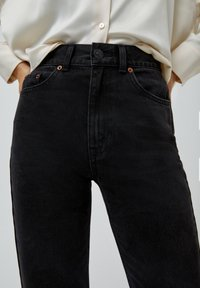 PULL&BEAR - MOM - Jeans baggy - black - 4