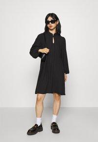 Selected Femme Petite - SLFJOFRID SHORT DRESS - Day dress - black - 1