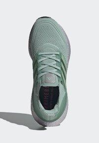 adidas Performance - ULTRABOOST  - Zapatillas de running neutras - green - 3