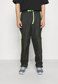Jordan - TRACK PANT - Träningsbyxor - black/light liquid lime/electric green - 0