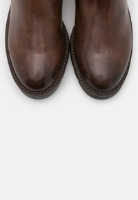 Marco Tozzi - BOOTS - Boots - chestnut antic - 5