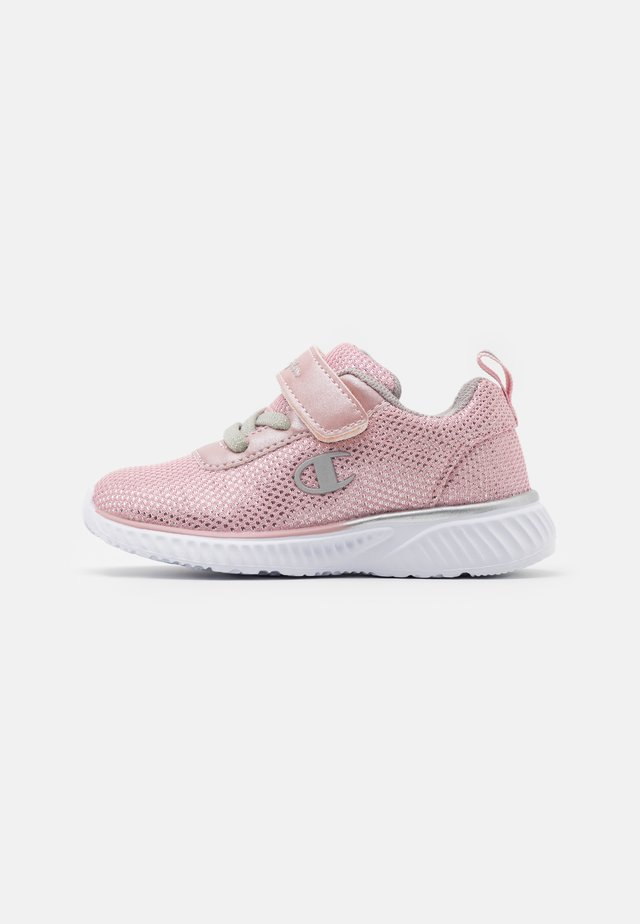 LOW CUT SHOE SOFTY SPARKLING - Scarpe da fitness - pink