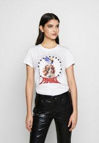Pinko - PATACIA - T-shirt z nadrukiem - bianco - 0