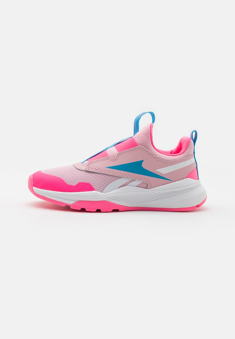 Reebok - XT SPRINTER SLIP - Neutral running shoes - classic pink/white/electro pink