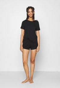 Anna Field - Basic short set - Pyjama set - black - 1
