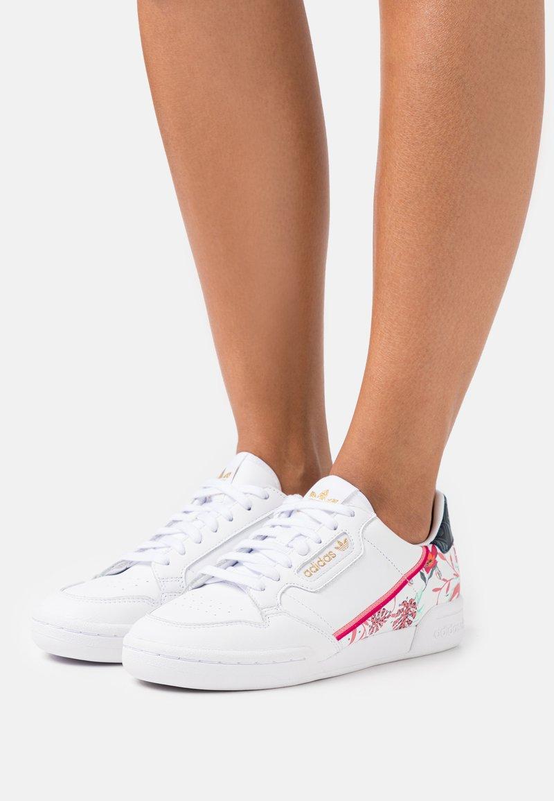 adidas Originals - CONTINENTAL 80 - Trainers - footwear white/gold metallic
