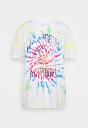 OVERSIZED TREND TEE - Print T-shirt - spiral wash