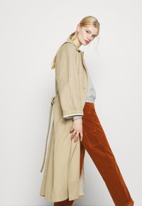 Carhartt WIP - PIERCE PANT - Trousers - brandy - 3