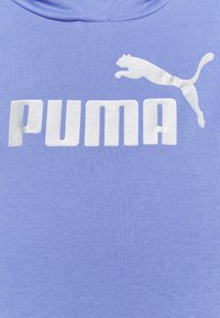 Puma - METALLIC LOGO HOODIE - Jersey con capucha - hazy blue/silver - 6