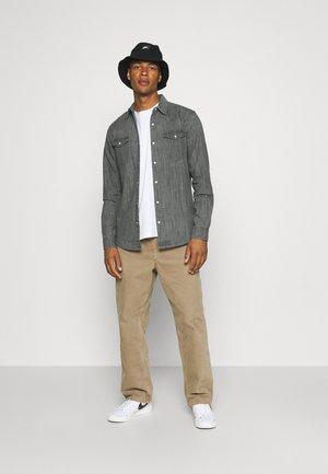 JEREMY SHIRT - Camisa - mid grey