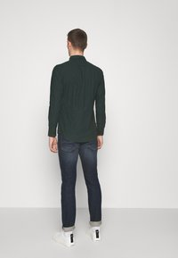 Farah - STEEN  - Shirt - fern green - 2