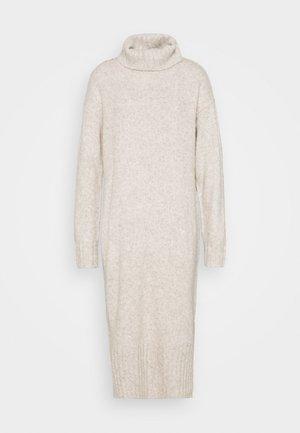 ROLL NECK DRESS - Strikket kjole - oatmeal