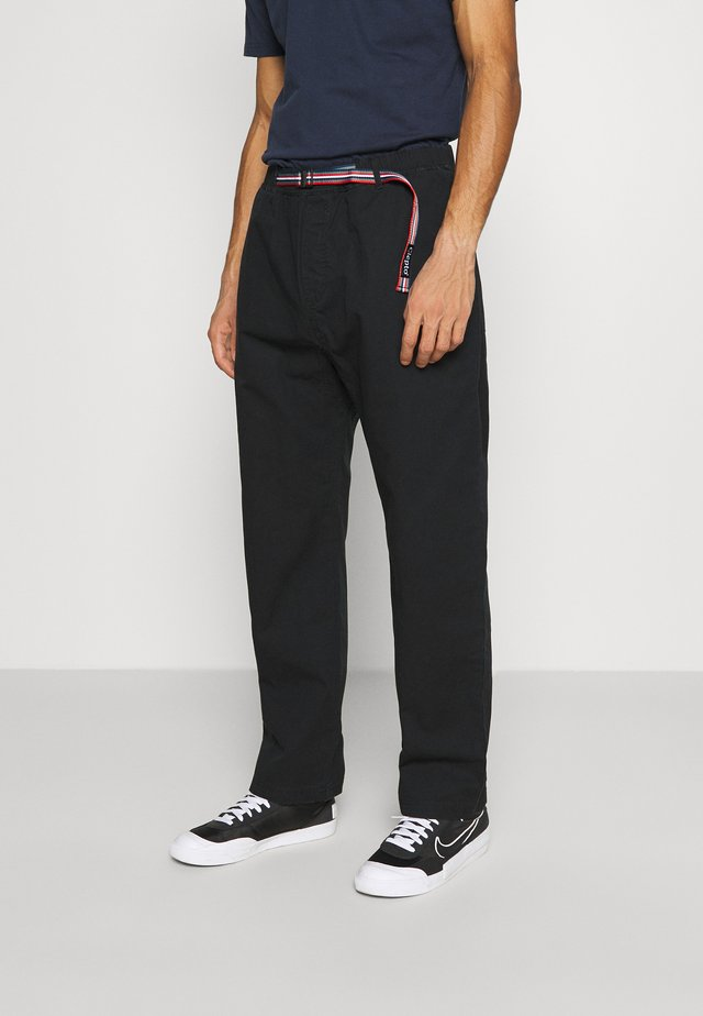 TRANSIT TEAM - Broek - black