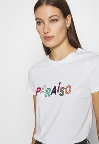 Banana Republic - PARAISO GRAPHIC - Print T-shirt - white - 3