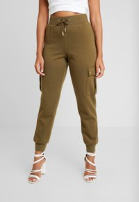 ONLY Petite - ONLESME LONG PANTS - Tracksuit bottoms - beech - 0