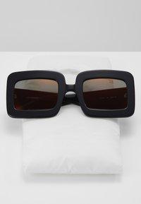 Courreges - Sunglasses - black/copper - 3