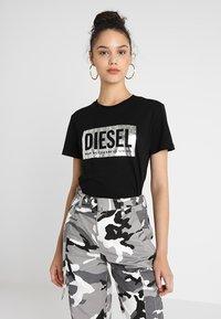 Diesel - T-FOIL - T-Shirt print - schwarz - 0