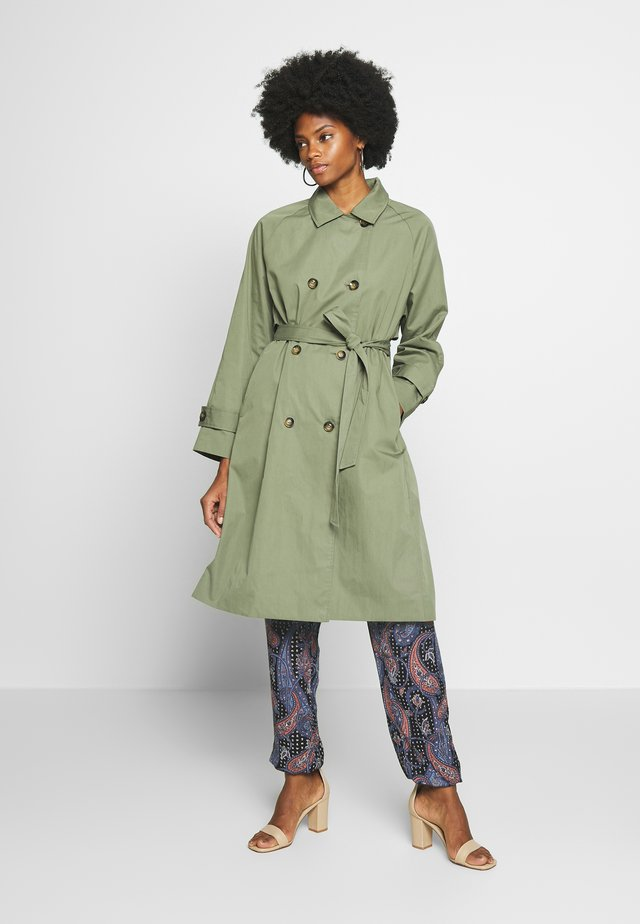 TANYA - Trench - olive