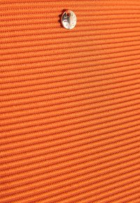 Seafolly - ESSENTIALS BRALETTE HIGH WAISTED PANT - Bikini - pumpkin - 5