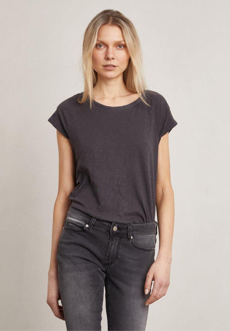 Hunkydory - Basic T-shirt - charcoal