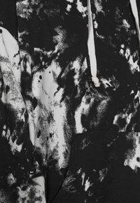KENDALL + KYLIE - K&K  OVERSIZED SWEATER - Hoodie - white/black - 4