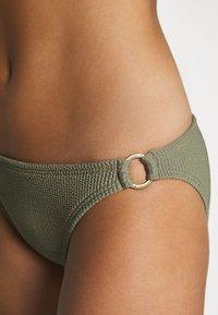 MICHAEL Michael Kors - DECADENT TEXTURE LOGO SIDE RING BOTTOM - Bikini bottoms - army green - 4
