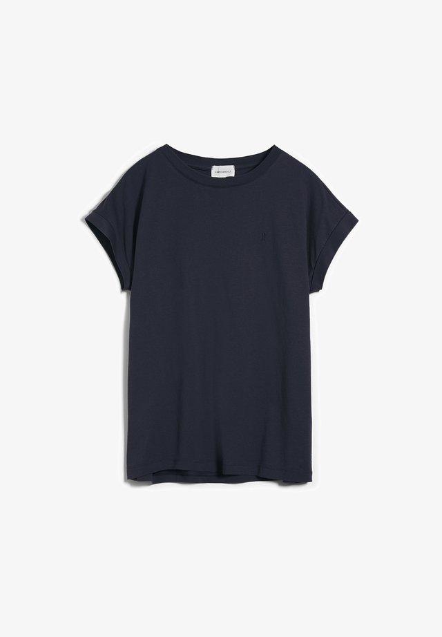 IDAA  - Basic T-shirt - night sky