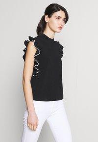 KARL LAGERFELD - COLORBLOCK RUFFLE CROP - Print T-shirt - black - 3