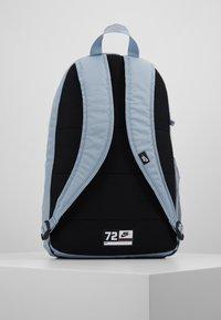 Nike Sportswear - UNISEX - Školní sada - obsidian mist/laser blue - 3