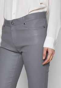 Oakwood - Kožené kalhoty - grey - 3