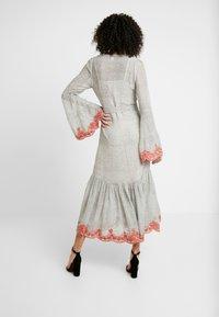 We are Kindred - ARGENTINA SHIRT DRESS - Denní šaty - flamenco - 3