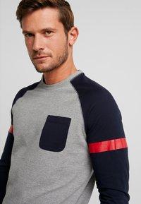 TOM TAILOR DENIM - LONGLSLEEVE CUTLINE - Långärmad tröja - middle grey mélange - 3