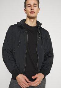 Armani Exchange - Print T-shirt - black - 3