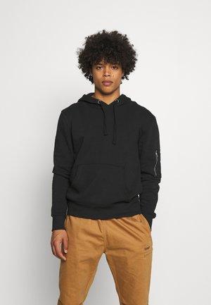 ESSENCE - Sweatshirt - jet black