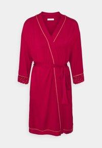 Triumph - AMOURETTE SPOTLIGHT ROBE - Dressing gown - rosso masai - 5