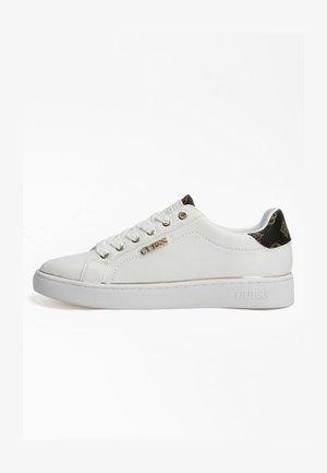 BECKIE - Sneakers laag - weiß