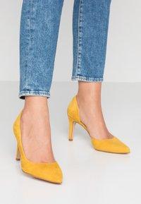 KIOMI Wide Fit - High heels - yellow - 0