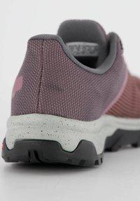 Salomon - Hiking shoes - beere - 2