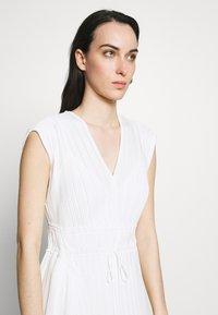 3.1 Phillip Lim - VNECK MUSHROOM PLEATED DRESS - Denní šaty - white - 3