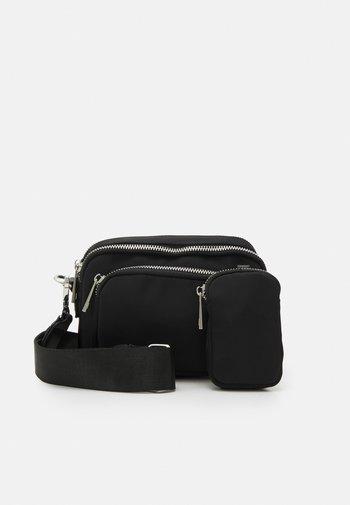 ASTRID SIDE CAMERA BAG SET - Camera bag - black